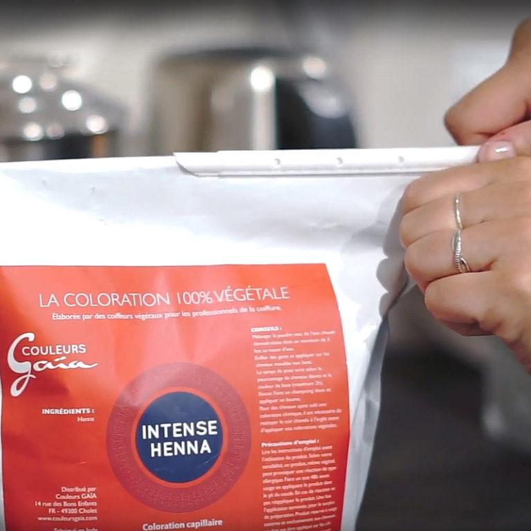 Système de fermeture hermétique des sacs de poudres de plantes